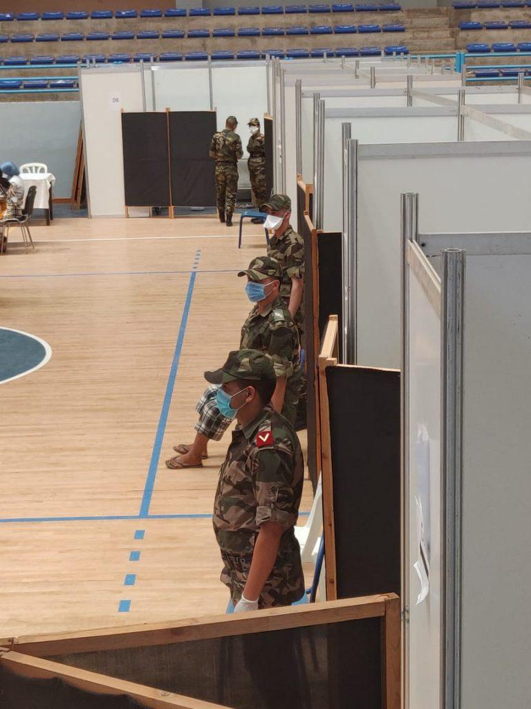 """فرق طبية عسكرية تدعم جهود وزارة الصحة لإنجاح عملية التلقيح ضد """"كوفيد-19"""""""